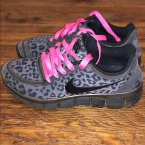 Nike Women's Animal Leopard Print Black Sneakers